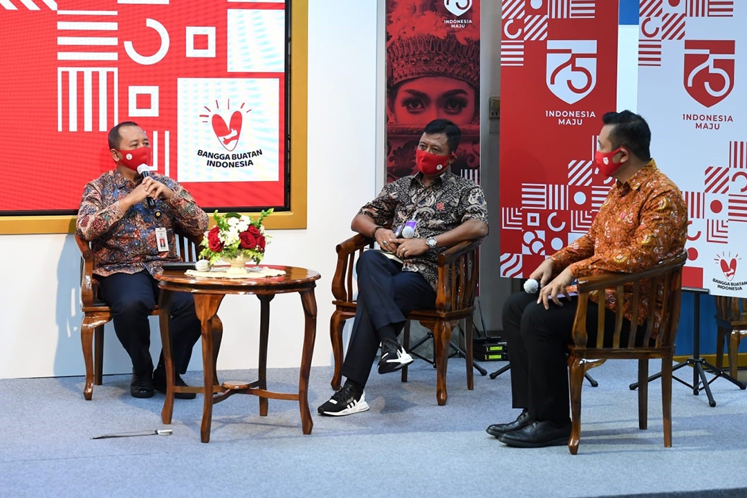 Sekretaris Kementerian BUMN Bapak Susyanto menghadiri  Konferensi Pers Terkait Peringatan HUT ke-75 RI yang disiarkan secara daring di Kantor Presiden