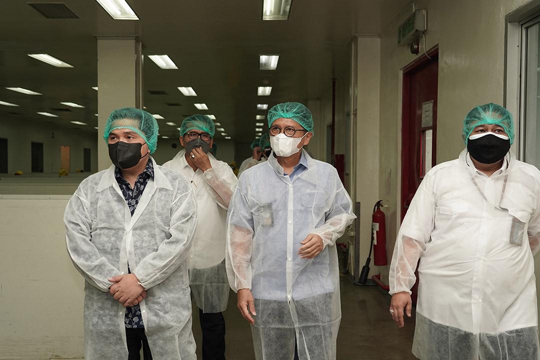 Menteri BUMN Erick Thohir menyatakan keyakinannya akan kemampuan PT Indofarma Tbk dalam memproduksi produk generik dari Ivermectin 12 mg secara massal