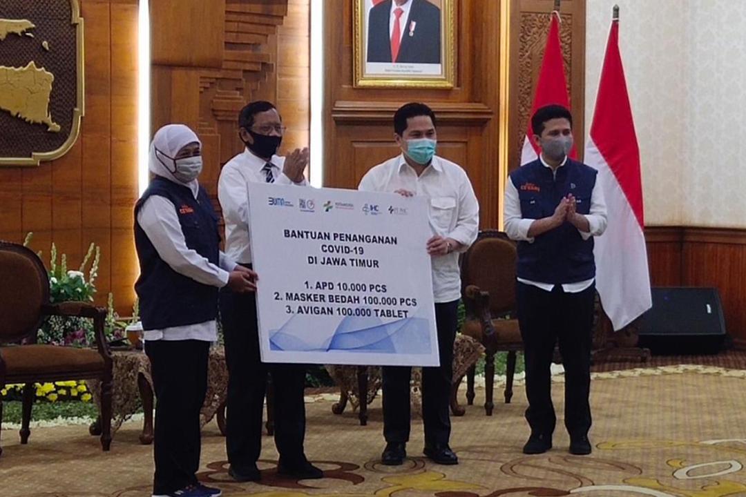 Kementerian Badan Usaha Milik Negara (BUMN) menyalurkan berbagai kebutuhan untuk mendukung upaya penanganan Covid-19 di Jawa Timur