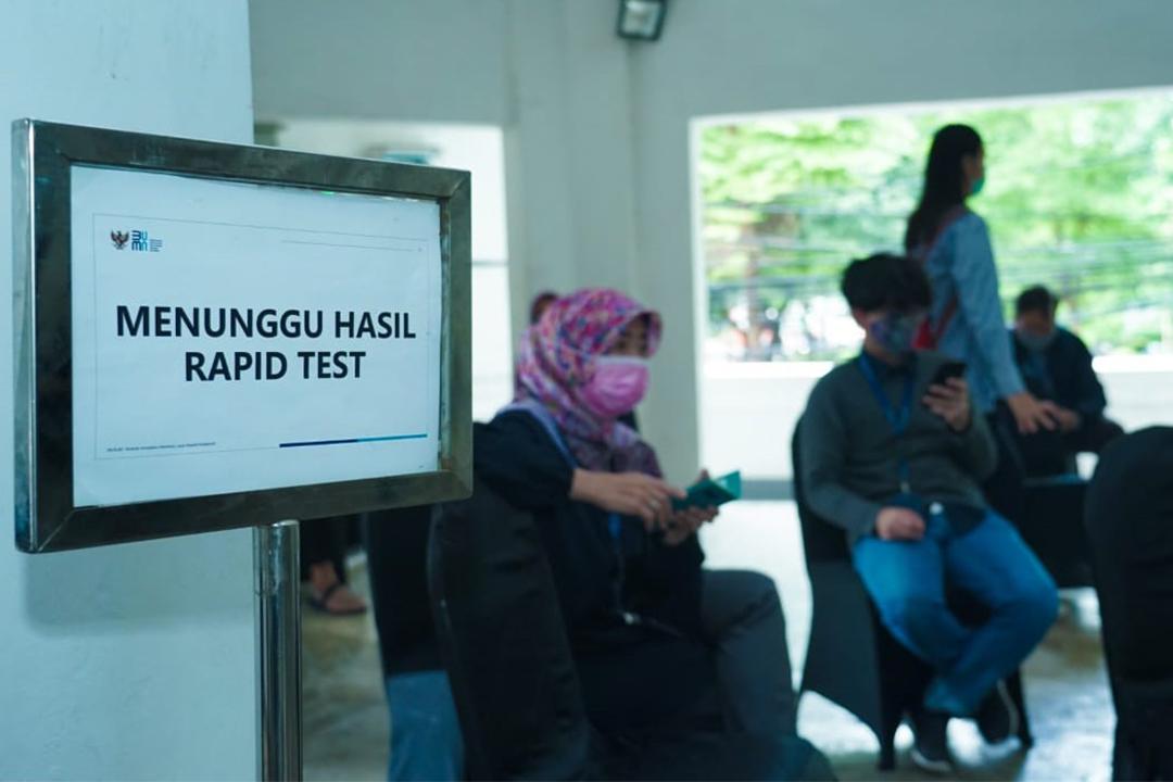 Kementerian BUMN kembali mengadakan rapid test (Swab Antigen) kepada seluruh pegawai
