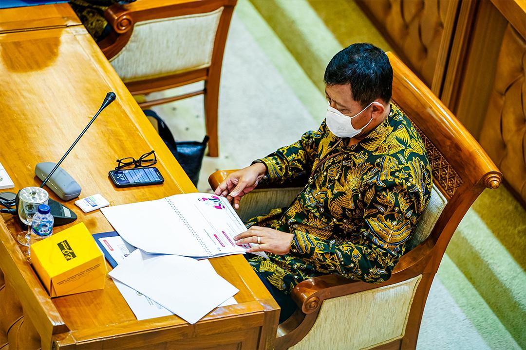 Wakil Menteri BUMN I Pahala Nugraha Mansury didampingi Sekretaris Kementerian BUMN Susyanto, beserta pejabat Eselon II Kementerian BUMN menghadiri Rapat Kerja dengan Badan Akuntabilitas Keuangan Negara (BAKN) DPR RI