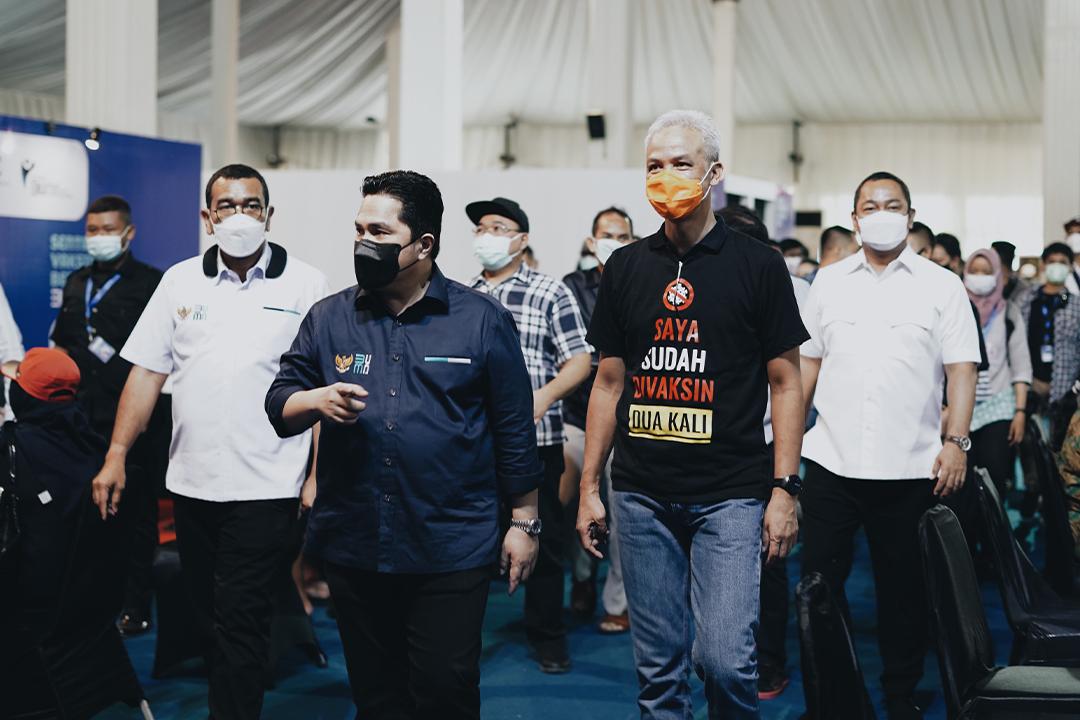 Menteri BUMN Erick Thohir menghadiri langsung pembukaan Sentra Vaksinasi di Pusat Rekreasi dan Promosi Pembangunan (PRPP)