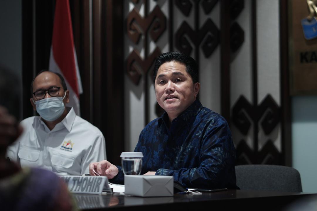 Menteri BUMN sekaligus Ketua Pelaksana Komite Penanganan Covid-19 dan Pemulihan Ekonomi Nasional (KCPEN), Erick Thohir hadir mendatangi kantor Kamar Dagang dan Industri Indonesia (Kadin)