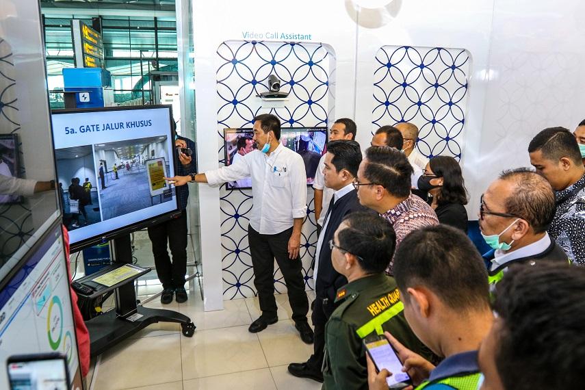 Menteri BUMN Tinjau Kesiapan Bandara dan Rumah Sakit BUMN terkait Pencegahan dan Penanganan Virus Corona